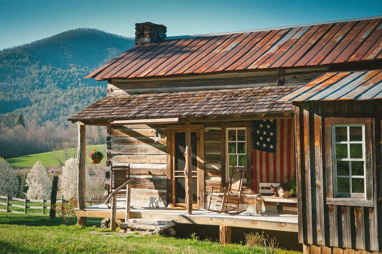 The Best North Georgia Airbnb Cabins Near Clayton